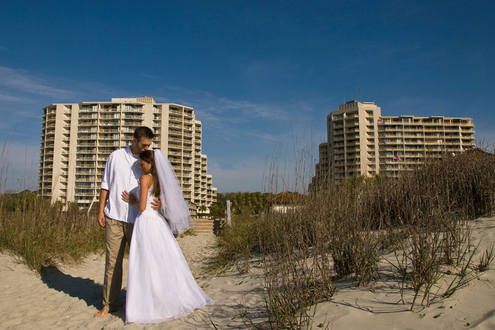 Weddings at Ocean Creek are magical. Make the most important day of your life an unforgettable occasion in our spectacular setting. Allow our staff to handle every detail on your special day as you focus on your wonderful new life together.